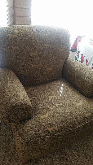 Big comfy chair for Sale in Phoenix, AZ