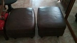 Leather ottoman, footstool for Sale in Chula Vista, CA