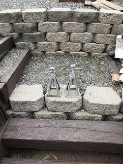 Bracing jacks for Sale in Orondo,  WA