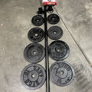 5ft American Steel Bar With Quality Weights for Sale in Lake Stevens, WA