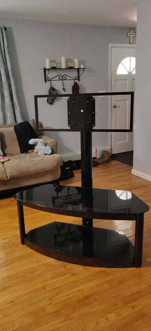 TV stand for 50 inch TV for Sale in Naugatuck, CT