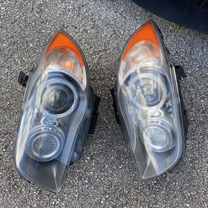 E82 135i Headlights for Sale in Miami, FL