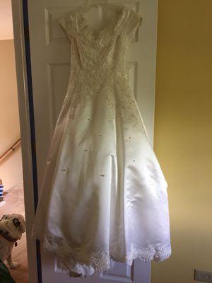 Wedding dress for Sale in Batavia, IL