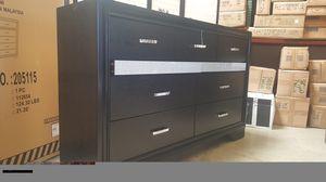 Coaster Miranda Dresser, Black for Sale in Fountain Valley, CA