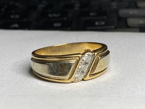 Solid Gold Diamond Ring size 10 for Sale in Miami, FL
