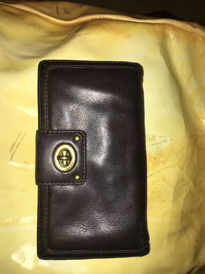 Marc Jacobs leather wallet for Sale in Florence, MS
