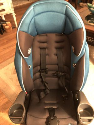 Car seat excellent condition expires in 4 2023 for Sale in Toms River, NJ