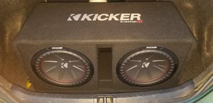 Kicker subwoofers 12inch and 1600 watt pioneer amp for Sale in Olympia Heights, FL