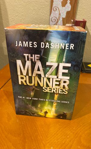 Maze Runner Book Series Full Set (The Maze Runner, The Scorch Trials, The Death Cure, The Kill Order) for Sale in Pompano Beach, FL