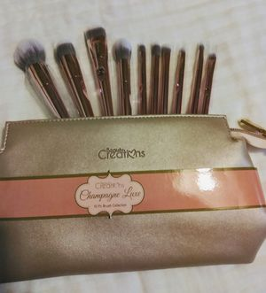 Beauty Creation makeup brushes for Sale in Colton, CA