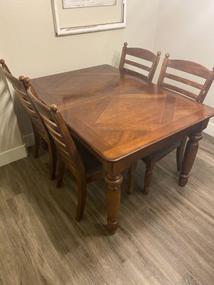 Kitchen table for Sale in Temecula, CA