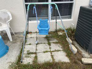 Outdoor baby swing for Sale in Ruskin, FL