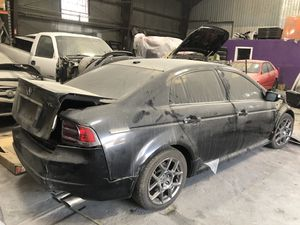 ACURA TL TYPES 07-8 PARTS OUT for Sale in Los Angeles, CA