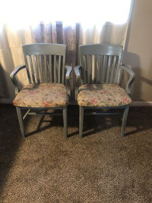 2 chairs for Sale in Genola, UT
