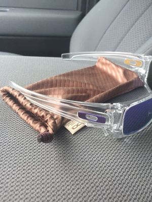 Oakley Sunglasses for Sale in OH, US