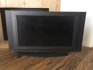 Olevia Flat Screen tv 38'' for Sale in San Diego, CA