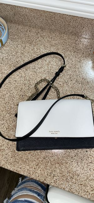 Kate Spade over the shoulder purse for Sale in Anaheim, CA