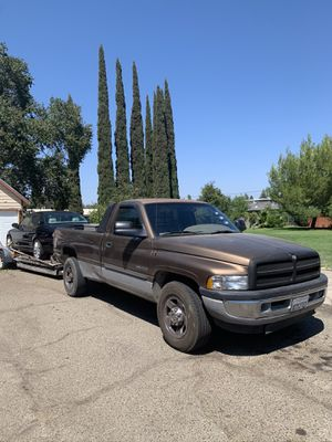 2001 Dodge Ram 2500 diesel (package) for Sale in Sacramento, CA