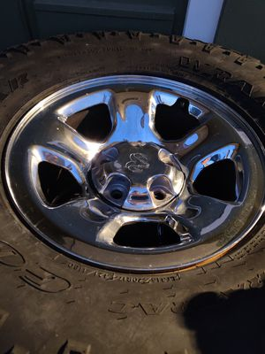315/70R17 WITH RAM 1500 5X5.5 OEM CHROME RIMS for Sale in Lemon Grove, CA