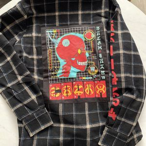 New Logic Flannel Size Small for Sale in Redlands, CA