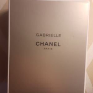 Woman's Chanel Perfume New for Sale in Moreno Valley, CA