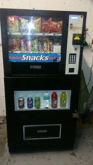 Combo vending machine locations for Sale in Hollywood, FL