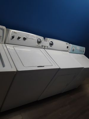 WHIRLPOOL TOP LOAD WASHER AND DRYER SET WORKING PERFECTLY W/4 MONTHS WARRANTY for Sale in Baltimore, MD