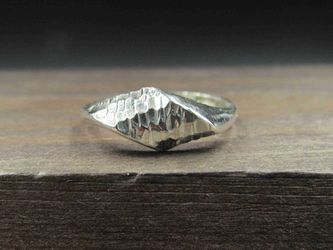 Size 6.25 Sterling Silver Abstract Hammered Band Ring Vintage Statement Engagement Wedding Promise Anniversary Bridal Cocktail for Sale in Everett,  WA