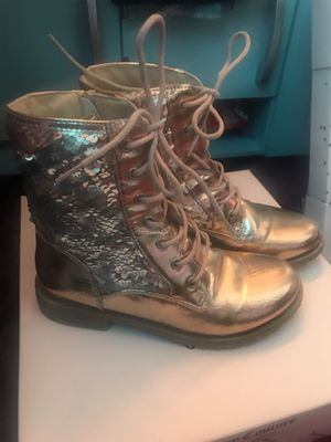 Girls boots size 2 for Sale in Grand Blanc, MI