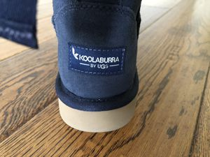 Koolaburra by UGG size: 6, brand new in box for Sale in San Fernando, CA