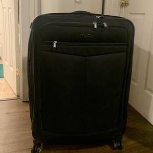 Samsonite Suitcase for Sale in Portland, OR