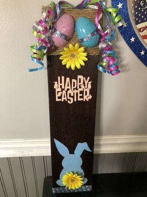 Wooden Happy Easter Sign for Sale in New Windsor, NY