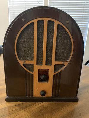 Unique Philco radio. for Sale in Phoenix, AZ