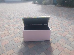 Kids toy box pink for Sale in Chula Vista, CA