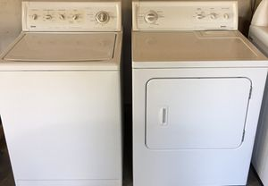 Kenmore Washer and dryer ( electric) for Sale in Fresno, CA