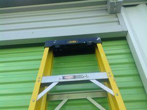8 foot fiberglass ladder.... for Sale in West Windsor Township, NJ