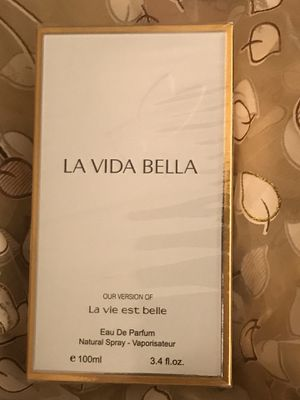 LA VIDA BELLA Our Version of LA VIE EST BELLE for Sale in Dallas, TX