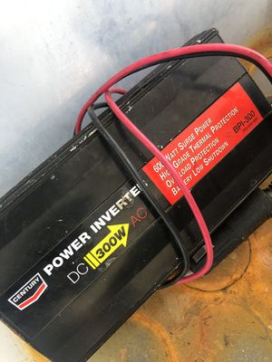 300w power inverter for Sale in Miami, FL