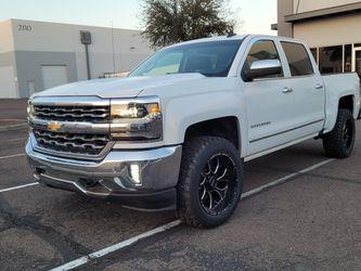 2018 CHEVY SILVERADO DOBLE CAB LTZ for Sale in Phoenix,  AZ