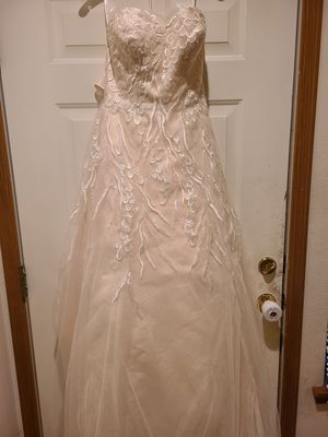 Brand new wedding dress!! for Sale in Puyallup, WA