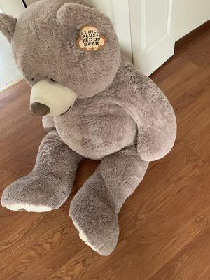 53 inch teddy bear for Sale in Hazelwood, MO