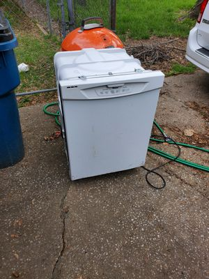 Free Dishwasher for Sale in Saint Charles, MO