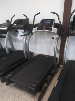 Used Treadmill! NordicTrack 40% Incline Trainer for Sale in Vernon, CA
