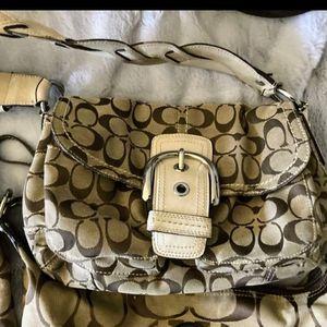 COACH Soho Shoulder Purse Hand Bag A0869-11862 for Sale in Brier, WA
