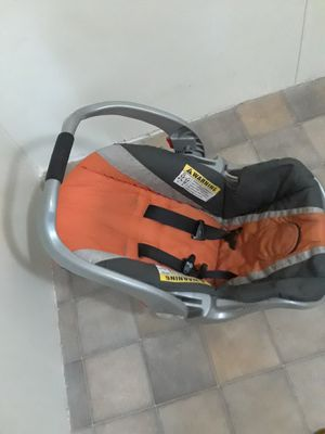 Infant car seat. for Sale in Double Springs, AL