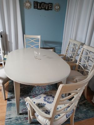 Beautiful white table for Sale in Lehigh Acres, FL