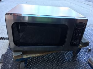 Very clean microwave $25 for Sale in Baltimore, MD