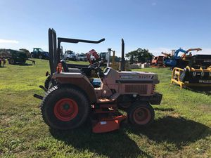 Kubota l2250 for Sale in Martinsburg, WV