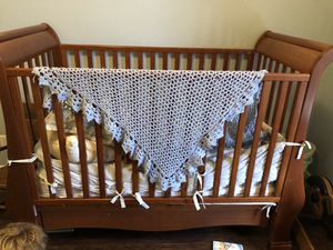 Cherry wood crib and changing table for Sale in West Palm Beach, FL