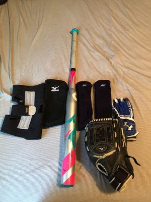 Softball Gear for Sale in Clovis, CA